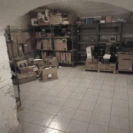 Eladó  üzlet (<span class='notranslate'>Budapest, VI.  </span>kerület) 18,9 M   <span class='notranslate'>Ft</span>