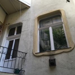 Eladó  téglalakás (<span class='notranslate'>Budapest, VI.  </span>kerület) 51 M   <span class='notranslate'>Ft</span>