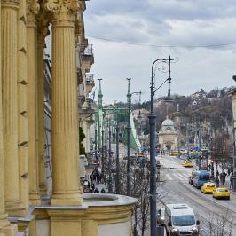 Eladó  téglalakás (<span class='notranslate'>Budapest, IX.  </span>kerület) 134.9 M   <span class='notranslate'>Ft</span>