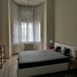 Eladó  téglalakás (<span class='notranslate'>Budapest, IX.  </span>kerület) 54,8 M   <span class='notranslate'>Ft</span>