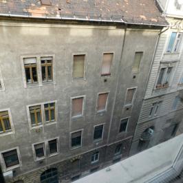 Kiadó  téglalakás (<span class='notranslate'>Budapest, XIII.  </span>kerület) 160 E   <span class='notranslate'>Ft</span>/hó