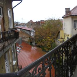 Eladó  téglalakás (<span class='notranslate'>Budapest, II.  </span>kerület) 72,3 M   <span class='notranslate'>Ft</span>