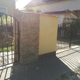 Eladó  családi ház (<span class='notranslate'>Budapest, XVI.  </span>kerület) 77,9 M   <span class='notranslate'>Ft</span>