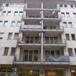 Eladó  téglalakás (<span class='notranslate'>Budapest, IX.  </span>kerület) 45 M   <span class='notranslate'>Ft</span>