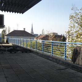 Eladó  téglalakás (<span class='notranslate'>Budapest, XIV.  </span>kerület) 58,4 M   <span class='notranslate'>Ft</span>
