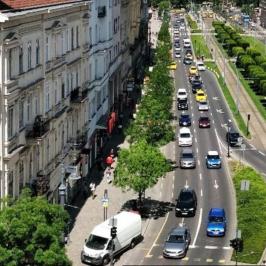 Kiadó  iroda (<span class='notranslate'>Budapest, V.  </span>kerület) 180 E   <span class='notranslate'>Ft</span>/hó +ÁFA