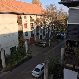 Eladó  panellakás (<span class='notranslate'>Budapest, IV.  </span>kerület) 32,9 M   <span class='notranslate'>Ft</span>