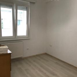 Kiadó  téglalakás (<span class='notranslate'>Budapest, II.  </span>kerület) 220 E   <span class='notranslate'>Ft</span>/hó