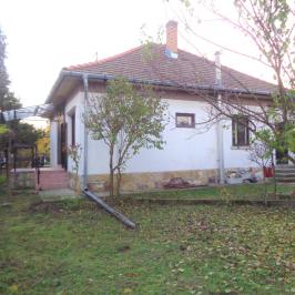 Eladó  családi ház (<span class='notranslate'>Dunaharaszti</span>, <span class='notranslate'>Óváros</span>) 47.9 M   <span class='notranslate'>Ft</span>