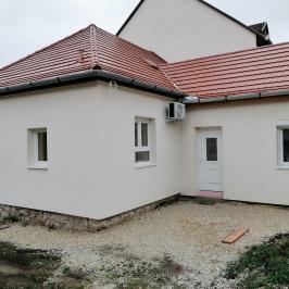 Eladó  családi ház (<span class='notranslate'>Eger</span>, <span class='notranslate'>Lajosváros</span>) 55 M   <span class='notranslate'>Ft</span>