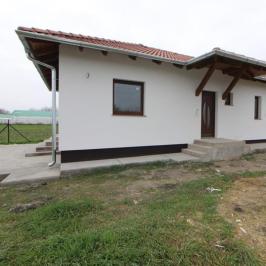 Eladó  családi ház (<span class='notranslate'>Ráckeve</span>, <span class='notranslate'></span>) 45,5 M   <span class='notranslate'>Ft</span>