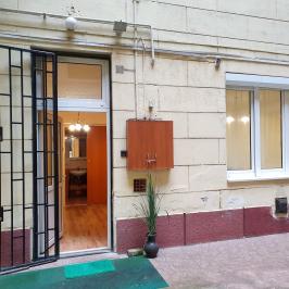 Eladó  téglalakás (<span class='notranslate'>Budapest, V.  </span>kerület) 37,5 M   <span class='notranslate'>Ft</span>
