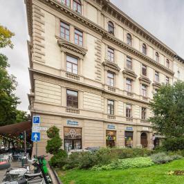 Kiadó  téglalakás (<span class='notranslate'>Budapest, VI.  </span>kerület) 900 E   <span class='notranslate'>Ft</span>/hó