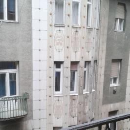 Kiadó  téglalakás (<span class='notranslate'>Budapest, VII.  </span>kerület) 140 E   <span class='notranslate'>Ft</span>/hó