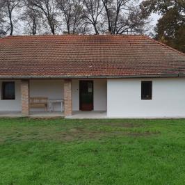 Eladó  családi ház (<span class='notranslate'>Szarvas</span>, <span class='notranslate'>Kertváros</span>) 19,9 M   <span class='notranslate'>Ft</span>