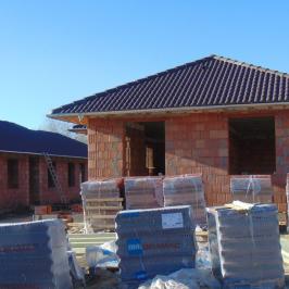 Eladó  családi ház (<span class='notranslate'>Szigetszentmiklós</span>, <span class='notranslate'></span>) 55,5 M   <span class='notranslate'>Ft</span>