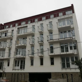 Eladó  téglalakás (<span class='notranslate'>Budapest, XIII.  </span>kerület) 44,69 M   <span class='notranslate'>Ft</span>