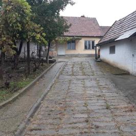Eladó  családi ház (<span class='notranslate'>Paks</span>, <span class='notranslate'>Óváros</span>) 25.9 M   <span class='notranslate'>Ft</span>