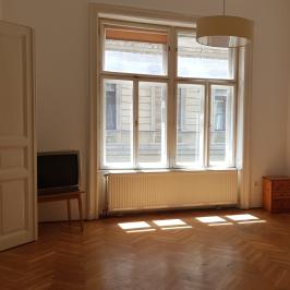 Eladó  téglalakás (<span class='notranslate'>Budapest, IX.  </span>kerület) 57,9 M   <span class='notranslate'>Ft</span>
