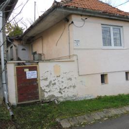 Eladó  családi ház (<span class='notranslate'>Sátoraljaújhely</span>, <span class='notranslate'>Belváros</span>) 4.5 M   <span class='notranslate'>Ft</span>