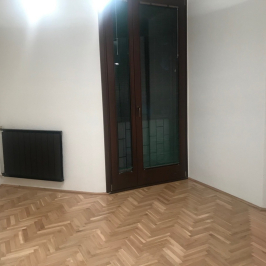 Eladó  téglalakás (<span class='notranslate'>Budapest, XI.  </span>kerület) 81,5 M   <span class='notranslate'>Ft</span>