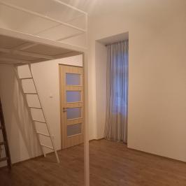 Eladó  téglalakás (<span class='notranslate'>Budapest, IX.  </span>kerület) 23,3 M   <span class='notranslate'>Ft</span>