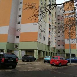 Eladó  panellakás (<span class='notranslate'>Budapest, XVIII.  </span>kerület) 21 M   <span class='notranslate'>Ft</span>