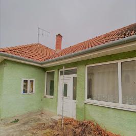 Eladó  családi ház (<span class='notranslate'>Lipót</span>, <span class='notranslate'></span>) 22,99 M   <span class='notranslate'>Ft</span> +ÁFA