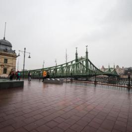 Eladó  téglalakás (<span class='notranslate'>Budapest, V.  </span>kerület) 79.99 M   <span class='notranslate'>Ft</span>