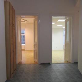 Kiadó  iroda lakásban (<span class='notranslate'>Budapest, V.  </span>kerület) 280 E   <span class='notranslate'>Ft</span>/hó