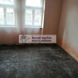 Eladó  családi ház (<span class='notranslate'>Prügy</span>, <span class='notranslate'></span>) 1,9 M   <span class='notranslate'>Ft</span>