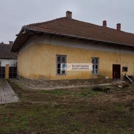 Eladó  családi ház (<span class='notranslate'>Tolcsva</span>, <span class='notranslate'></span>) 20,5 M   <span class='notranslate'>Ft</span>