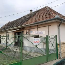 Eladó  családi ház (<span class='notranslate'>Rátka</span>, <span class='notranslate'></span>) 8.7 M   <span class='notranslate'>Ft</span>