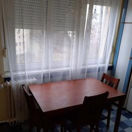 Eladó  panellakás (<span class='notranslate'>Dunaújváros</span>, <span class='notranslate'>Béke városrész</span>) 11,85 M   <span class='notranslate'>Ft</span>
