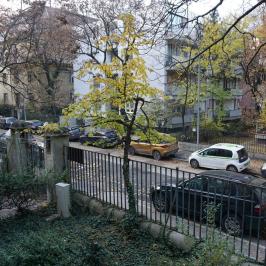 Eladó  téglalakás (<span class='notranslate'>Budapest, VI.  </span>kerület) 185 M   <span class='notranslate'>Ft</span>