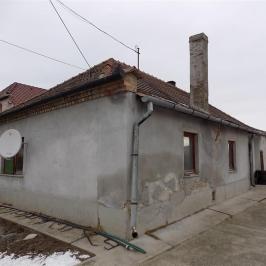 Eladó  családi ház (<span class='notranslate'>Koroncó</span>, <span class='notranslate'></span>) 12 M   <span class='notranslate'>Ft</span>