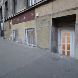Eladó  üzlethelyiség utcai bejáratos (<span class='notranslate'>Budapest, XIV.  </span>kerület) 21,9 M   <span class='notranslate'>Ft</span>