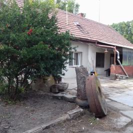 Eladó  családi ház (<span class='notranslate'>Mosonmagyaróvár</span>, <span class='notranslate'></span>) 56,8 M   <span class='notranslate'>Ft</span> +ÁFA