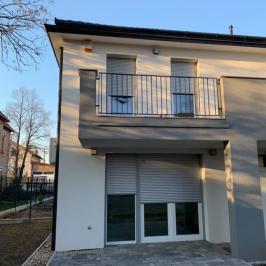 Eladó  ikerház (<span class='notranslate'>Budapest, XVI.  </span>kerület) 99 M   <span class='notranslate'>Ft</span>