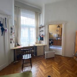 Eladó  téglalakás (<span class='notranslate'>Budapest, VI.  </span>kerület) 41,9 M   <span class='notranslate'>Ft</span>