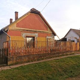Eladó  családi ház (<span class='notranslate'>Érsekvadkert</span>, <span class='notranslate'></span>) 7,5 M   <span class='notranslate'>Ft</span>