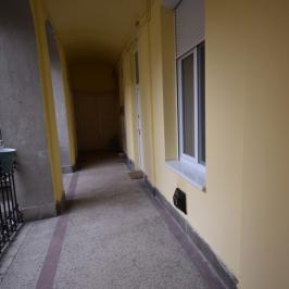 Eladó  téglalakás (<span class='notranslate'>Budapest, VI.  </span>kerület) 22,9 M   <span class='notranslate'>Ft</span>
