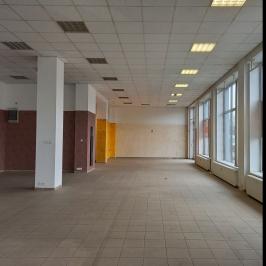 Eladó  üzlethelyiség utcai bejáratos (<span class='notranslate'>Budapest, IX.  </span>kerület) 290 M   <span class='notranslate'>Ft</span> +ÁFA
