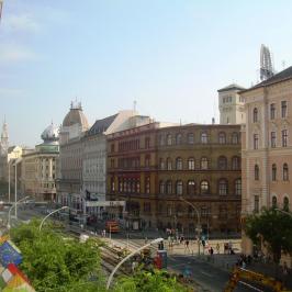 Eladó  téglalakás (<span class='notranslate'>Budapest, VIII.  </span>kerület) 59,9 M   <span class='notranslate'>Ft</span>