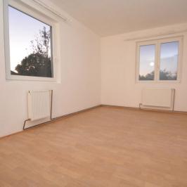 Eladó  családi ház (<span class='notranslate'>Hajdúszoboszló</span>, <span class='notranslate'>Bánomkert</span>) 95 M   <span class='notranslate'>Ft</span>