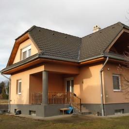 Eladó  családi ház (<span class='notranslate'>Tököl</span>, <span class='notranslate'>Belváros</span>) 59,99 M   <span class='notranslate'>Ft</span>