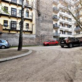 Eladó  téglalakás (<span class='notranslate'>Budapest, VI.  </span>kerület) 59 M   <span class='notranslate'>Ft</span>