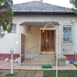 Eladó  családi ház (<span class='notranslate'>Budapest, XIII.  </span>kerület) 92.9 M   <span class='notranslate'>Ft</span>
