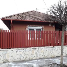 Eladó  családi ház (<span class='notranslate'>Budapest, XVIII.  </span>kerület) 89,5 M   <span class='notranslate'>Ft</span>