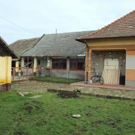 Eladó  családi ház (<span class='notranslate'>Orosháza</span>, <span class='notranslate'></span>) 12 M   <span class='notranslate'>Ft</span>